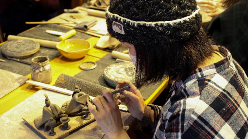 伊賀焼作陶体験