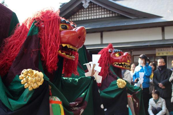 敢国神社獅子神楽