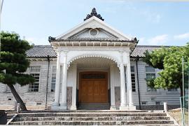 上野高校 明治校舎